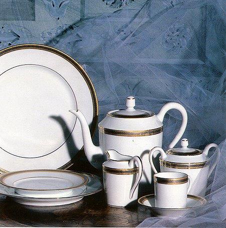 Chambord Porclain Dinnerware Robert Haviland & C. Parlon