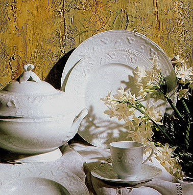 White Dinnerware Robert Haviland & C. Parlon Imperatrice Blanc