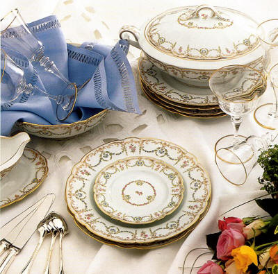 Mozart Range Symphonia - this pattern is now on the retired list and has limited availability for a limited period. Please contact us by Email or on our ... & Classic Dinnerware Sets|Robert Haviland and C. Parlon|Symphonia