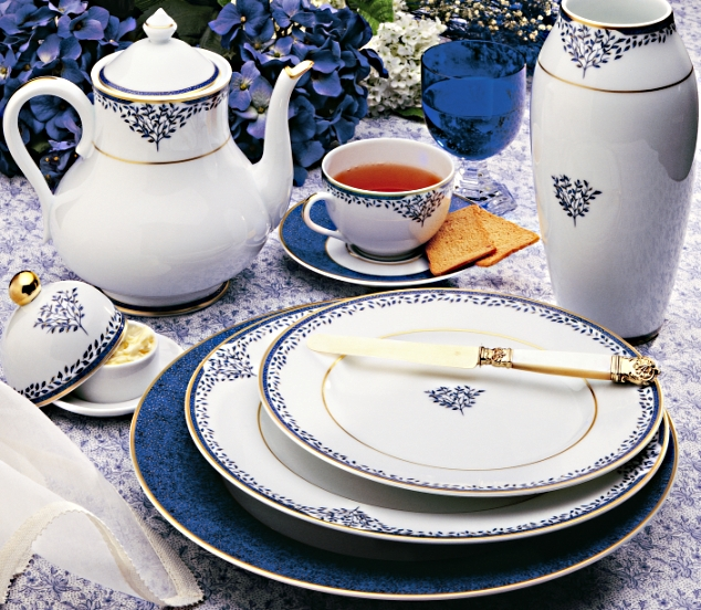 Superb decorative blue and white dinnerware set from Limoges France. Porcelain that will grace your table for a lifetime & Blue and White dinnerware|Arborescence|Limoges|France